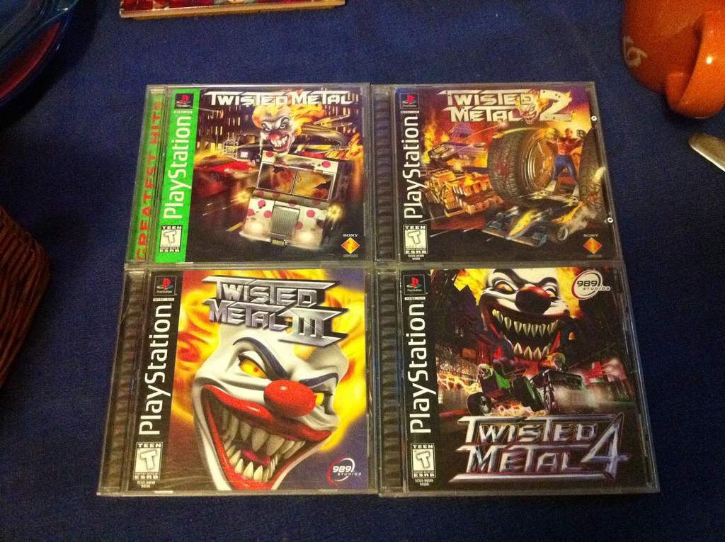 4 Twisted Metal spil til original Playstation 1